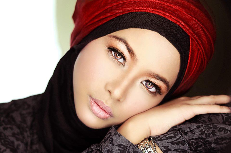 "Cosmetica halal per un makeup ""muslim friendly"" – beautyspot.it 609f0bf0554"